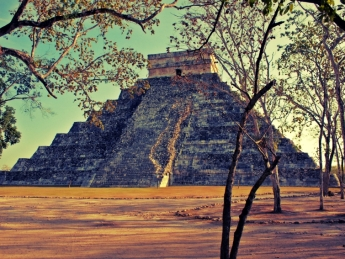 mexico yucatán chichen itza kukulkan