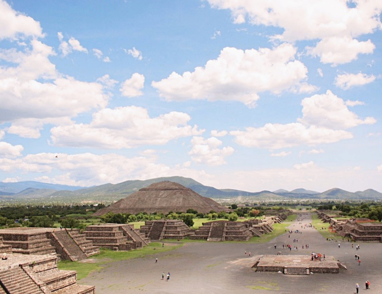 Avenue of the Dead and Pyramid of the Sun Teotihuacán