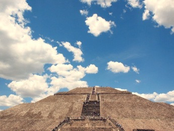 Pyramid of the Sun Teotihuacán