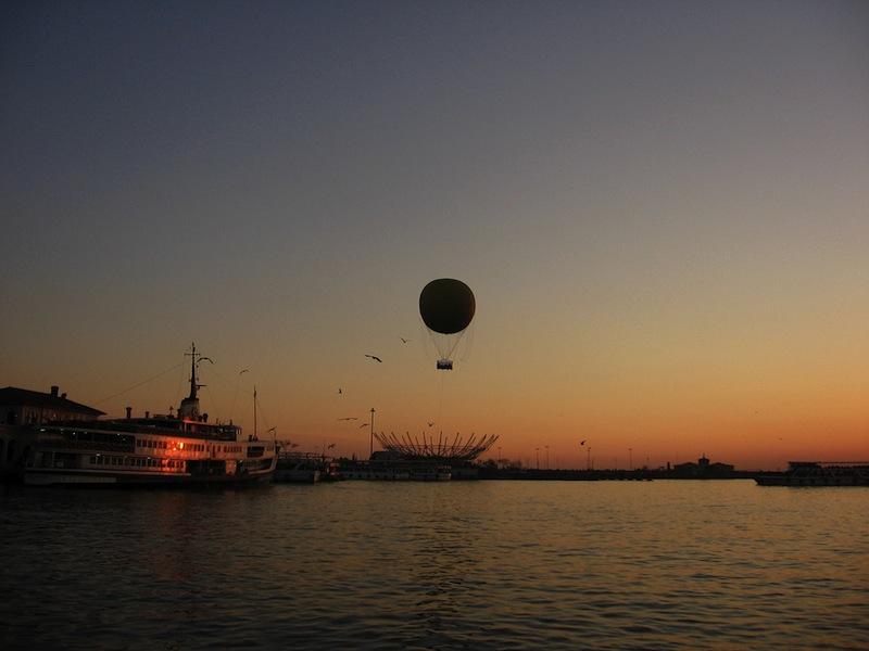 Kadikoy balloon