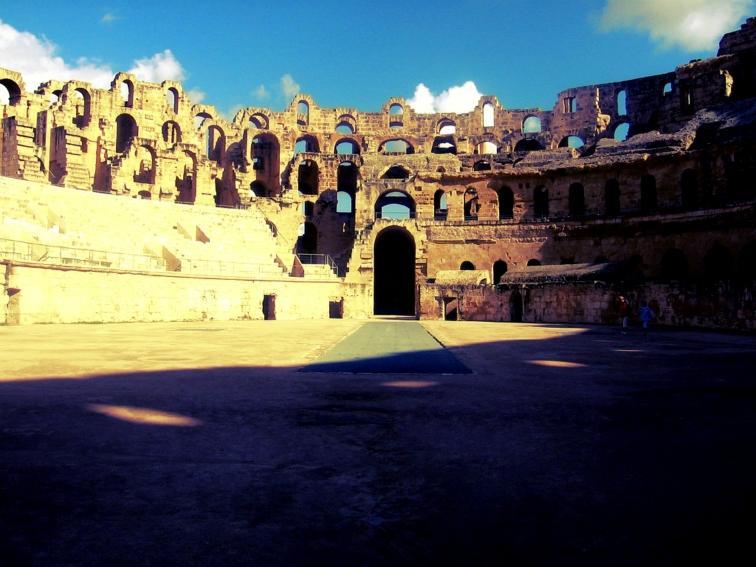 el jem roman amphitheater tunisia