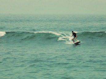 surfing Carrizalillo
