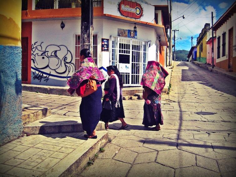 Ladies in San Cristobal